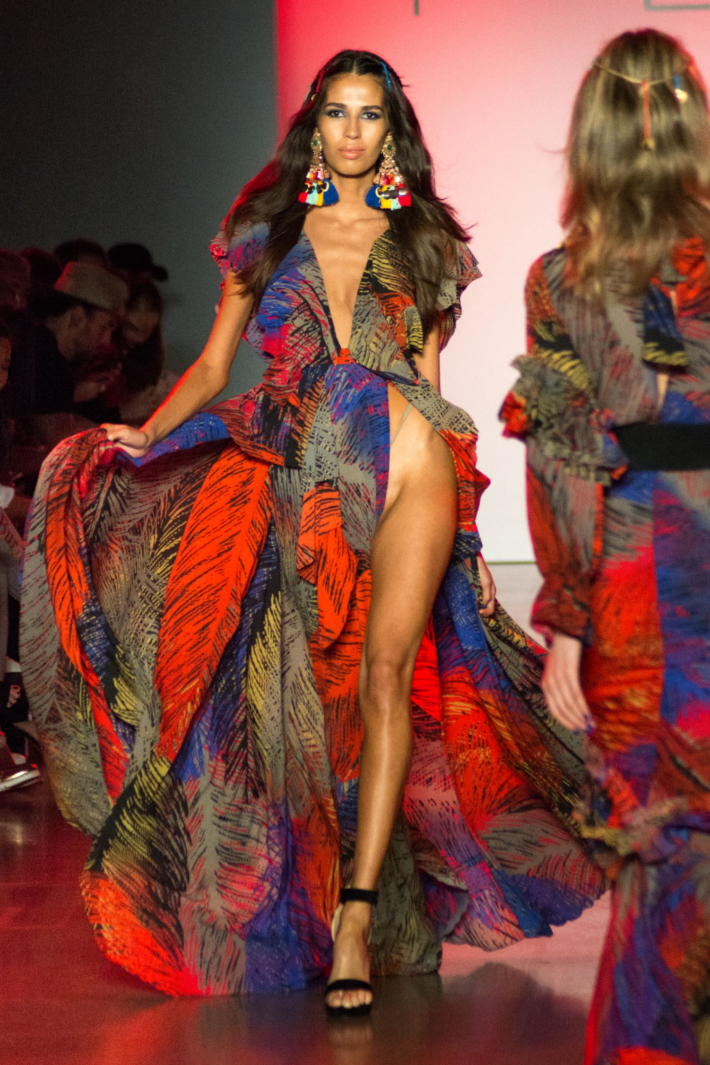 Michael Costello Spring/Summer 2019 - Gitana - POP STYLE TV